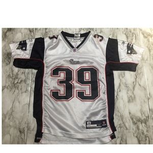 Reebok Youth M 10-12 Maroney Patriot NFL Jersey